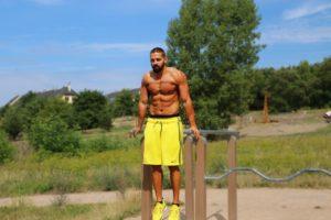¿Qué músculos trabajan con las caídas?