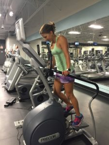 ¿Qué músculos trabajan con la bicicleta elíptica?